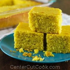 Moist, crumbly corn bread is an essential recipe for any kitchen! This recipe comes together quickly and goes great with chili, soups, and is the perfect base for corn bread stuffing! Thanksgiving Side Dishes, Thanksgiving Recipes, Holiday Recipes, Old Fashioned Cornbread, Bread Recipes, Cooking Recipes, Easy Recipes, Fresh Peach Cobbler, Corn Bread