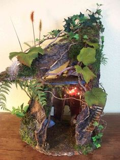 Fairy House by Manysunsets Every garden should have a Fairy House in it. Doesn't matter if its big or small. Fairy Crafts, Garden Crafts, Garden Projects, Garden Ideas, Fairy Garden Houses, Gnome Garden, Fairies Garden, Bonsai, Fairy Village