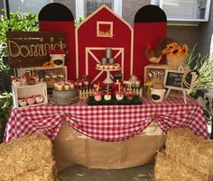 Barnyard dessert table by bizzie bee creations Dessert Table Birthday, 2nd Birthday Party Themes, Farm Animal Birthday, 1st Boy Birthday, Farm Animal Party, Barnyard Party, Farm Party, Mcdonalds Birthday Party, Farm Theme