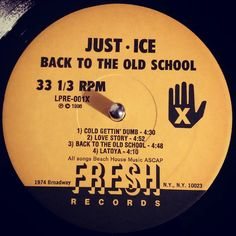 #nowspinning Just-Ice - Back To The Old School. Fresh Records: LPRE-1 (1986). 1st album from Just-Ice. This is an electro masterpiece. 909 overload from Mantronik. Absolute classic that you should own. The title track is just relentless. The whole album is sick. #hiphop #electro #oldschool #justice #dmx #mantronik #freshrecords #vinyl #vinyljunkie #record #recordcollector #recordplayer #igvinylclub #instavinyl