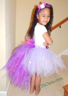 Create a fun and unique My Little Pony themed tutu for your next special event! No time for DIY, no worries both our sites offer great custom options to suit. My Little Pony Birthday Party, Birthday Party Outfits, Fourth Birthday, Birthday Tutu, Birthday Ideas, Old My Little Pony, My Little Pony Twilight, Twilight Sparkle Costume, Peacock Tutu