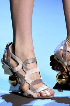 Christian Dior Fall 2011 Couture Fashion Show Details