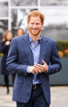 """British Royals on Twitter: """"Pics: Prince Harry at @HomeOfCricket for the expansion of @WeAreCoachCore programme"""