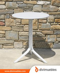 Contemporary design Nardi STEP collection by India. Plastique Recyclable, Fiberglass Resin, Design Bestseller, Bistro, Low Tables, Best Sellers, Contemporary Design, Stool, Dining Table