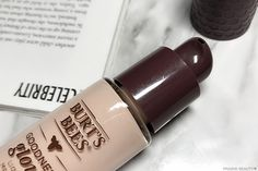 Burt's Bees Goodness Glows Liquid Makeup Review. Natural foundation. Healthy foundation.
