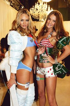 Candice Swanepoel with Rosie Huntington-Whiteley backstage at the 2007 Victoria's Secret PINK Fashion Show