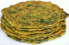 Hooray for Ayurvedic pancakes, a delicious and wholesome food that you can literally have everyday! Find out the health benefits and recipe. Aryuvedic Recipes, Veggie Recipes, Indian Food Recipes, Real Food Recipes, Vegetarian Recipes, Cooking Recipes, Healthy Recipes, Healthy Kids, Healthy Food