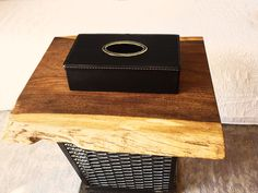 Fur Deco | leather tissue case with inox rectangular