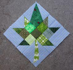 Vaahteranlehti, neliöistä, kolmioista ja vähän muusta, koko n. 14 cm x 14 cm, toukokuu 2015