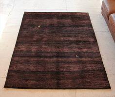ギャッベ ギャベ ゾランヴァリ社・ギャッベ・ノマド センターラグサイズダークブラウン・赤茶色のグラデーション 動物モチーフ191×149cm