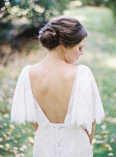 Tendance Robe du mariage Backless stunning wedding dresses: www. Vintage Inspired Wedding Dresses, Stunning Wedding Dresses, Elegant Wedding, Wedding Bride, Wedding Fun, Gorgeous Dress, Wedding Bells, Wedding Stuff, Wedding Dress Backs