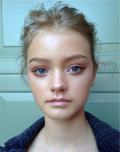 Make Up by Ania Milczarczyk  She seriously looks like an angel!