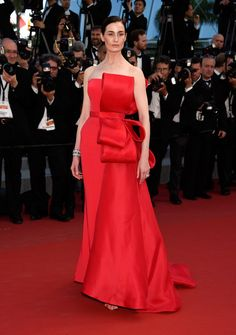 Erin O'Connor in Ralph & Russo Couture at the premiere of Carol, #Cannes #2015