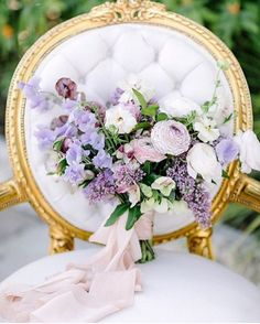 15 Beautiful Wedding Bouquet Designs