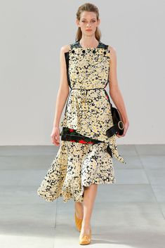 Céline Spring 2015 Ready-to-Wear - Collection - Gallery - Style.com  http://www.style.com/slideshows/fashion-shows/spring-2015-ready-to-wear/celine/collection/30