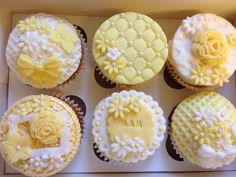 Mother's Day cupcakes Mothers Day Cupcakes, Mothers Day Cake, Fondant Cupcake Toppers, Cupcake Cakes, Cake Decorating Tips, Cookie Decorating, Beautiful Cakes, Amazing Cakes, Eid Cupcakes