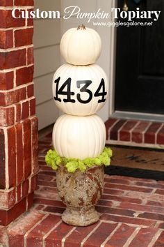 How to Make a Custom Pumpkin Topiary