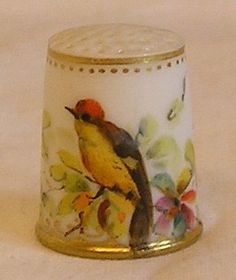 Antique Handpainted Royal Worcester Thimble with A Bird | eBay /  Jan 26, 2014 / GBP 85.78