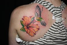 Hummingbird Flower Tattoos, Tropical Flower Tattoos, Beautiful Flower Tattoos, Hummingbird Art, Flower Tattoo Back, Flower Tattoo Shoulder, Back Tattoo, Anklet Tattoos, Leg Tattoos