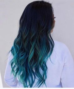 Hair blue ombre hair color trend in trendy hairstyles and colors blu. - Hair blue ombre hair color trend in trendy hairstyles and colors blue ombre hair; Dark Ombre Hair, Dyed Hair Ombre, Dyed Blonde Hair, Ombre Hair Color, Perfect Hair Color, Cool Hair Color, Turquoise Hair Ombre, Blue Ombre, Pelo Color Azul