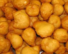1 cup flour  1 1/2 tsp. baking powder  Pinch of salt  1 egg, beaten  2/3 cup milk  Chicken, uncooked and cut into bite-size pieces  Mix t...