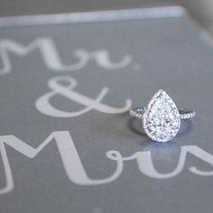 Stunning pear-shaped diamond engagement ring!