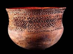Valdivian ceramics dates from 3800 to 1800 BC. And the culture starts here from VI mlln BC! (Real-Alto, Loma-Alta).  There is definetly no connection with Jomon (japan ceramics started later)
