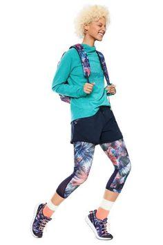 Dámské Sportovní Oblečení / Different.cz - 1599 Kč Moda Fitness, Fitness Fashion, Sports, Style, Spring Summer 2018, Jackets, Feminine Fashion, Sweatshirt, Women
