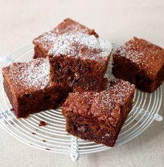 Nüsse, Schokolade und Rote Bete werden zu Brownies :) - mal was anderes