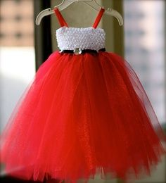 Santa Tutu Dress Tutorial | Christmas Tutu / Holiday Tutu/ Winter Tutu / Santa Baby Tutu