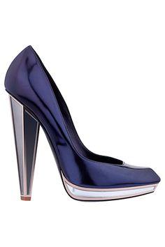 Yves Saint Laurent - Metallic heels