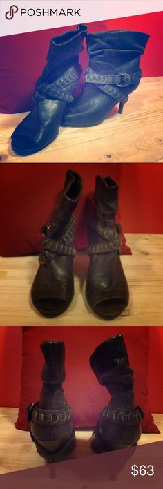 Guess Leather Heeled Boots Originally $129 dollars, great condition, barely worn! Guess Shoes Heeled Boots
