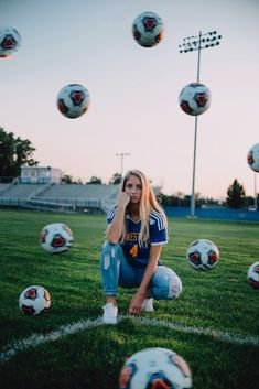 Discover recipes, home ideas, style inspiration and other ideas to try. Soccer Poses, Cute Soccer Pictures, Soccer Senior Pictures, Team Pictures, Sports Pictures, Soccer Couples, Soccer Baby, Soccer Pro, Soccer Cleats