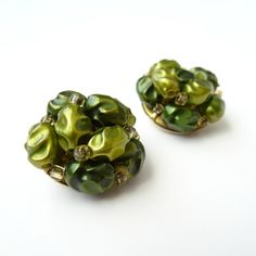Vintage Green Beaded Clip On Earrings, Green Clip Ons, Beaded Earrings, Round Bead Earrings, Round Clip Ons, Cluster Earrings, Green Jewelry by BeanandBethVintage on Etsy