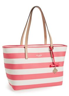 striped Kate Spade tote http://rstyle.me/n/nwahvr9te