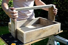 Hometalk :: How to Turn Pallet Into Rustic Trugs