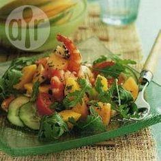 Salada de camarão, melão e manga @ allrecipes.com.br                                                                                                                                                                                 Mais