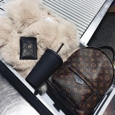 Cover FXs 3 Game Changing Makeup Tips - Gucci Backpack - Ideas of Gucci Backpack - Gucci Rusksack Chanel Card holder Vuitton Bag, Louis Vuitton Handbags, Purses And Handbags, Louis Vuitton Monogram, Handbags Michael Kors, Louis Vuitton Backpack, Luxury Purses, Luxury Bags, Fashion Handbags