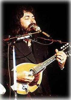 Dash Crofts (Darrell Crofts) (September British guitarist, singer and mandoline player, known from the duo Seals & Crofts. Mandolin Lessons, Seals And Crofts, Summer Breeze, Guitars, Singers, Musicians, September, Bands, British