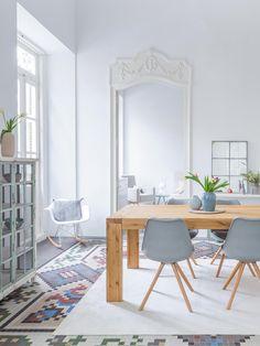Un style scandinave pour la salle à manger !  #scandinave #déco #maison  http://www.m-habitat.fr/tendances-et-couleurs/deco-par-style/une-maison-a-la-deco-scandinave-2766_A