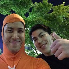 夜ロンと愉快な仲間達 Kohalon with funny people inShibuya at night #面長 #全身タイツ #長身 #渋谷 #ハチ公 #shibuya