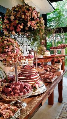 The 14 All-Time Best Backyard Party Ideas The appealing occasion planning ideas party planning ideas. Vintage Party Decorations, Wedding Decorations, Wedding Centerpieces, Quinceanera Party, Wedding Desserts, Dessert Table, Wedding Table, Party Planning, Ideas Party