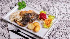 Hotel Słowik - Karp po poniatowsku – soczysty, aromatyczny filet, z wyraźnie wyczuwalną nutą cebulki i kwaśnej śmietany. Znakomita równowaga pomiędzy ostrością i kwasowością potrawy. - Szlak Smaków Krainy Lessowych Wąwozów