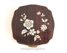 MELISSA Powder Compact white flowers & brown by VintageImageBox