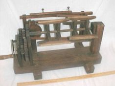 I'm fascinated with Japanese silk bobbin winders!