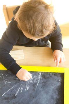 Montessori in the Home: Chalk-Board Activity for Toddlers Montessori Homeschool, Montessori Toddler, Montessori Activities, Learning Activities, Homeschooling, Toddler Rooms, Toddler Play, Grandchildren, Grandkids