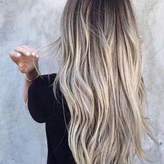 Got to love this 💙 #brainwashkappers #hairinspo #hairofinstagram #hairdresser #longhairdontcare #greyhair