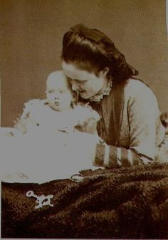 Queen Elisabeth of Romania with her daughter Marie, who would die from Scarlet Fever aged There were no other children