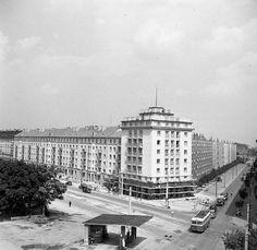 Lakatošova križovatka (Račianske mýto) 25.7.1957 Bratislava, Nostalgia, Louvre, City, Building, Travel, Times, Retro, Wallpaper