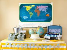 Such great details featured in this airplane party - must keep in mind for the little airplane lover I have running around the house!